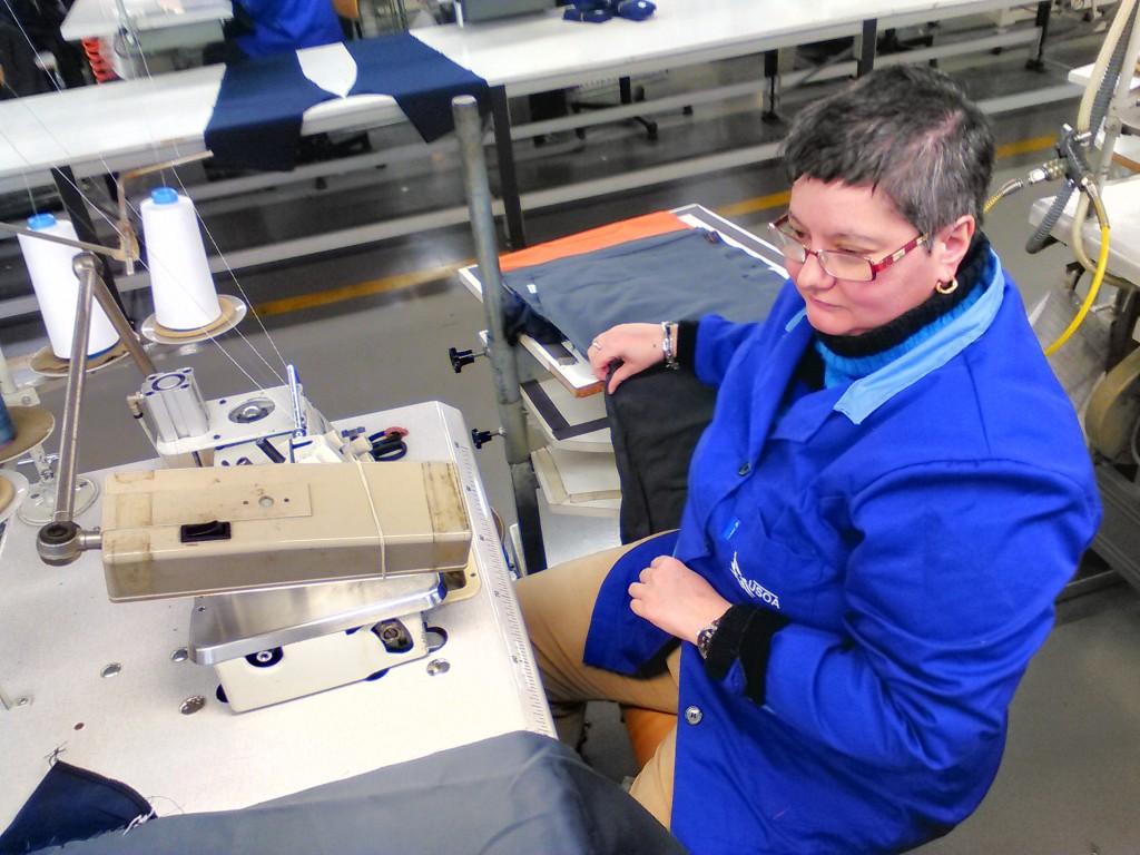 Fotografía de Cristina en Confección de Vestuario Laboral, USOA.