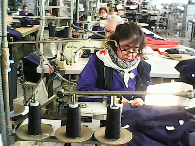 Fotografía de Manoli en Confección de Vestuario Laboral, USOA.